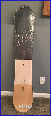 2020 DC Mega New in Packaging 150cm Men's Snowboard