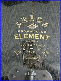 Arbor Element Camber 158W Snowboard with bindings