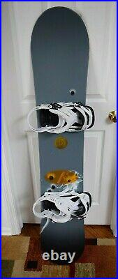Burton Bullet Snowboard Size 154 CM With Mission Large Bindings