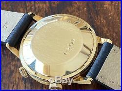 Jaeger LeCoultre 18K Gold Memovox All Original! Mint