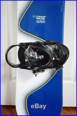New Lamar Electric Wide Snowboard Size 157 CM With Large Liquid Bindings