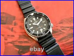RARE 1993 SEIKO 7002-7009, DIVERS Watch ALL ORIG. JAPAN/CASED IN HK 150M, MINT