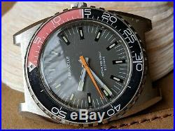 Vintage 1976 Bulova Caravelle Diver withMint Dial, Patina, All SS Case, Runs Strong
